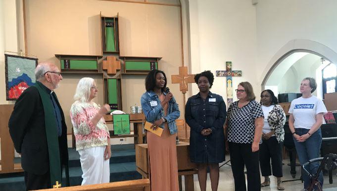 Taylor Owens Accepts Ellwanger Scholarship 2018